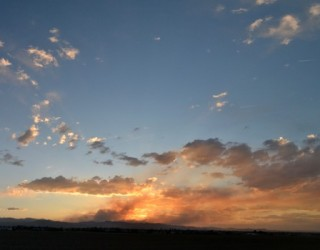 panoramic-sunset-colored-by-wildfire-smoke-2012-06-13-featured