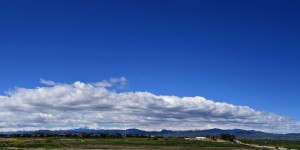 stratus-clouds-sitting-on-mountains-2013-06-01-featured