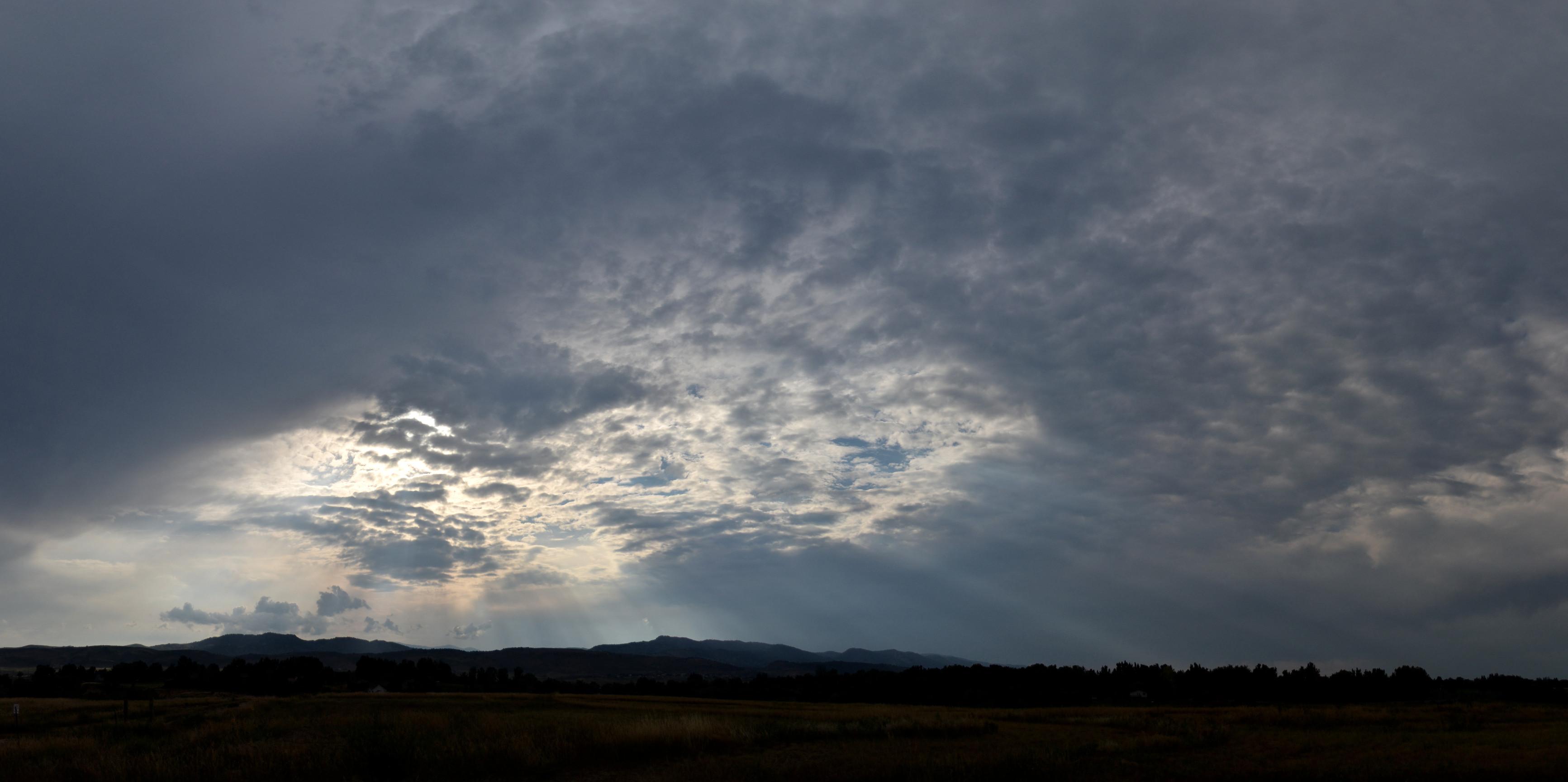 Stormy Backlit Panoramic Clouds  U0026 Distant Cumulus Clouds