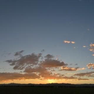 calm-simple-orange-stratus-sunset-2013-09-21-featured