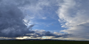 towering-blue-gray-stratus-clouds-panoramic-2013-10-14-featured