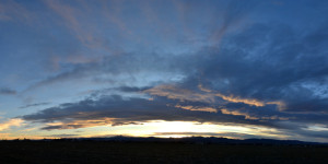 dark-stratus-cloud-sunset-panoramic-2014-03-09-featured