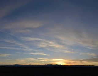 yellow-cirrus-cloud-sunset-panoramic-2014-04-08-featured