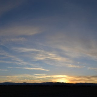 yellow-cirrus-cloud-sunset-panoramic-2014-04-08-featured