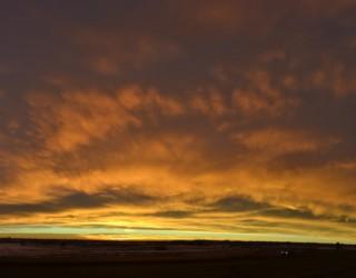 orange-panoramic-stratus-sunrise-2015-01-16-featured